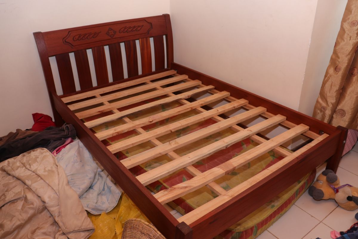 5 x 6 Bed and Mattress
