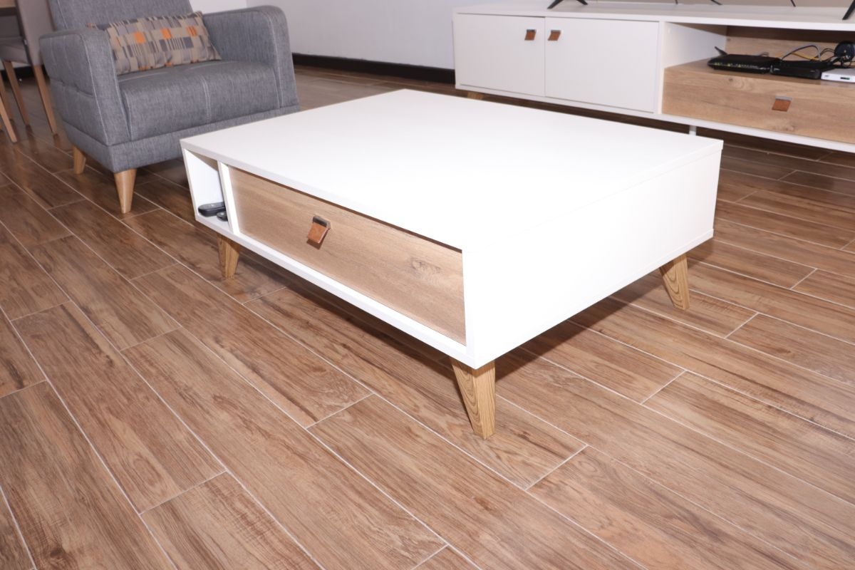 5 Months old Mayer White Coffee Table